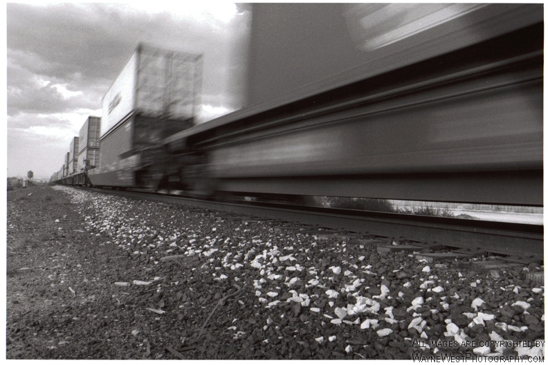 RRTracks_Blur.jpg